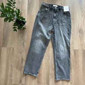 NWT A&F Grey High-Rise Cropped Straight Jeans